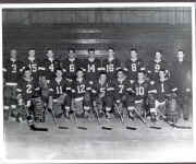 1955-56 Portage Lake team.jpg (59147 bytes)